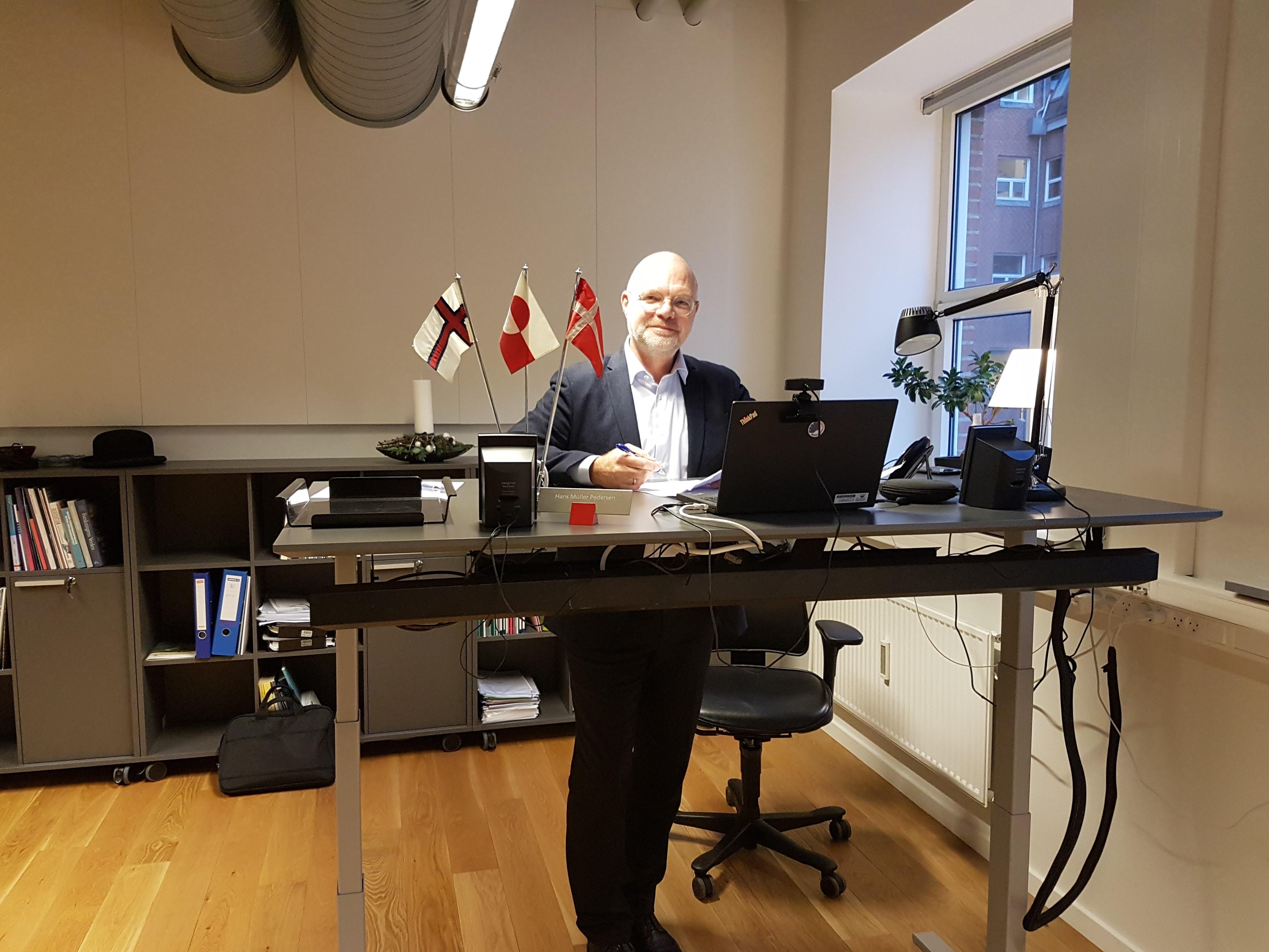 Vært Hans Mûller Pedersen, direktør fra Uddannelses- og Forskningsstyrelsen, deltager fra Haraldsgade i København