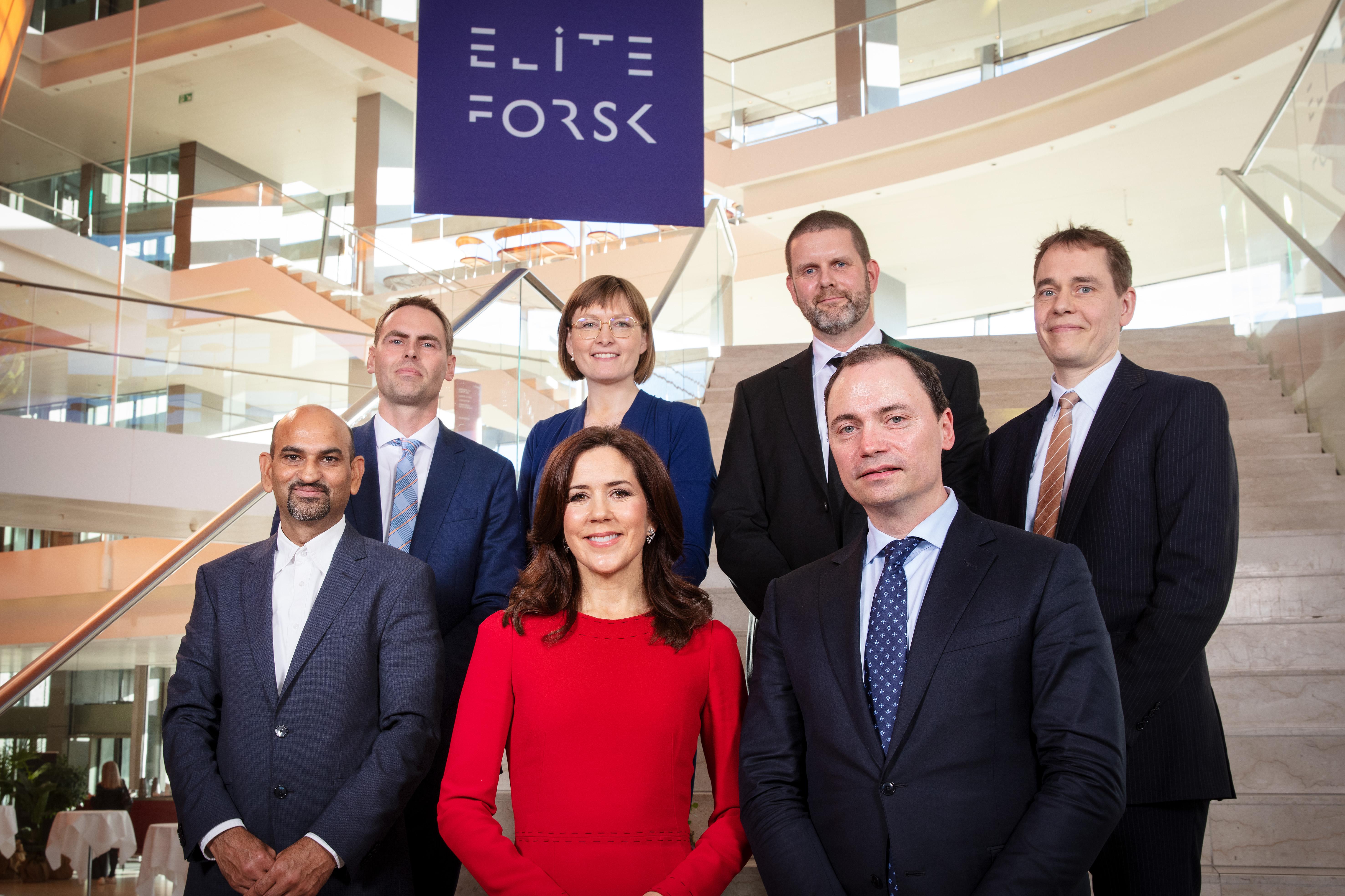 H.K.H. Kronprinsessen, uddannelses og forskningsminister Tommy Ahlers og årest EliteForsk-prismodtagere